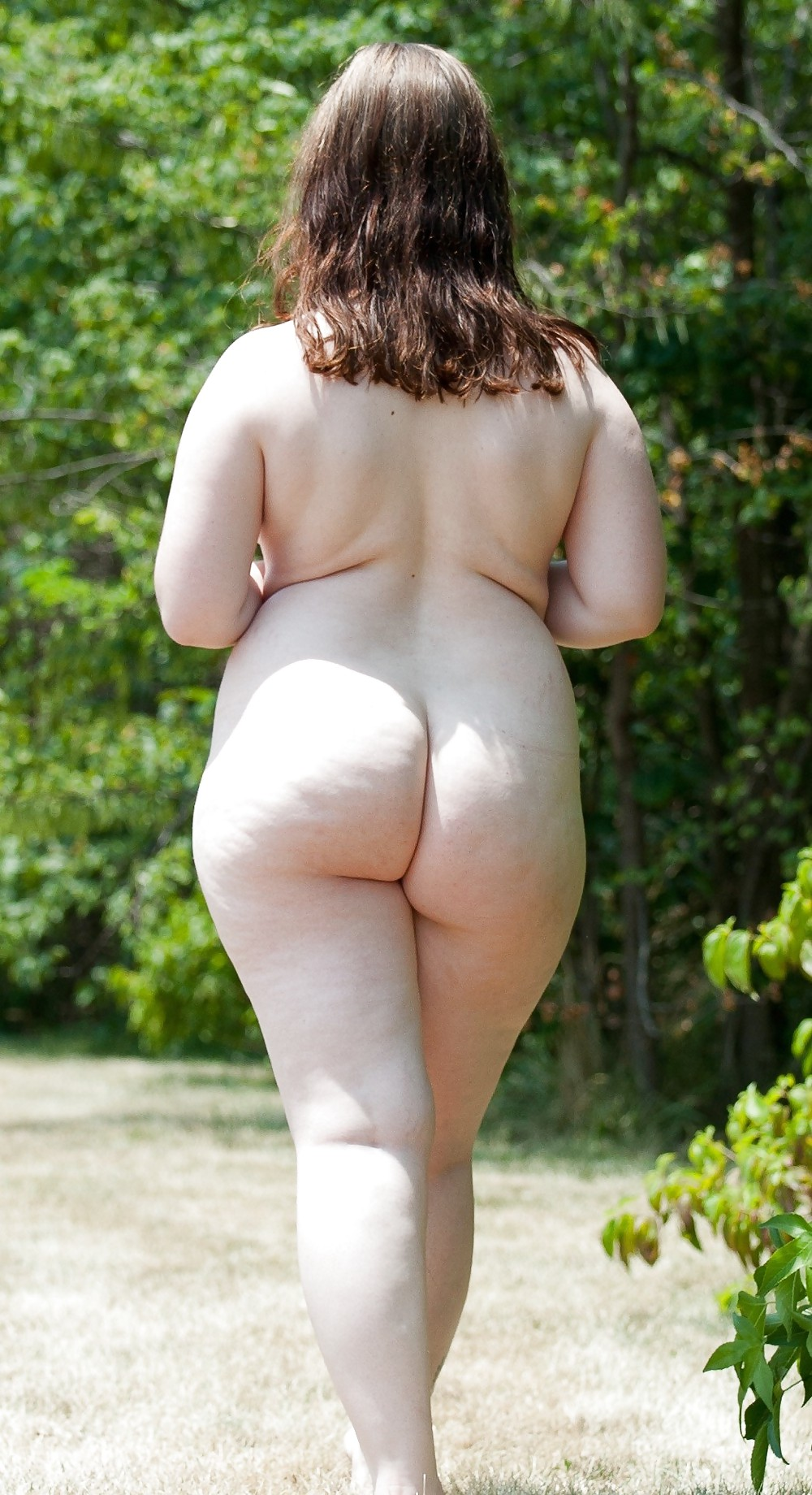 round the house nude